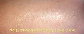 Julep Glow Highlighting Powder Swatch