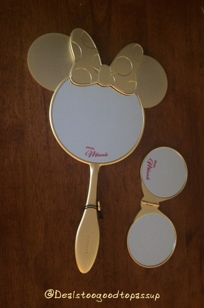 Disney Minnie Compact 7