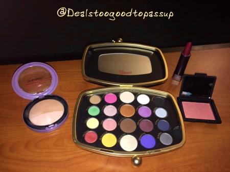 club-33-makeup-2