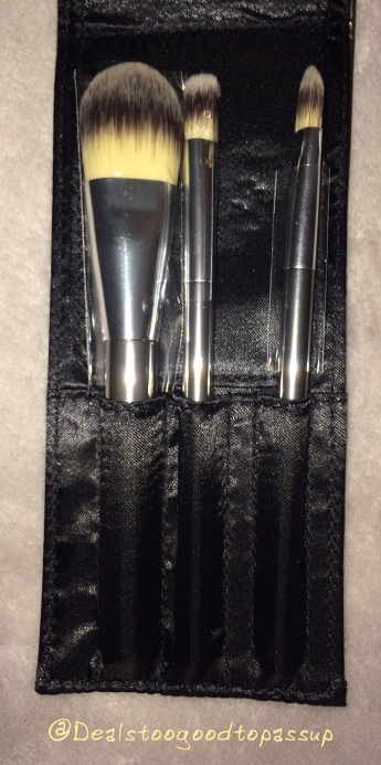 it-brushes-for-ulta-travel-set-3